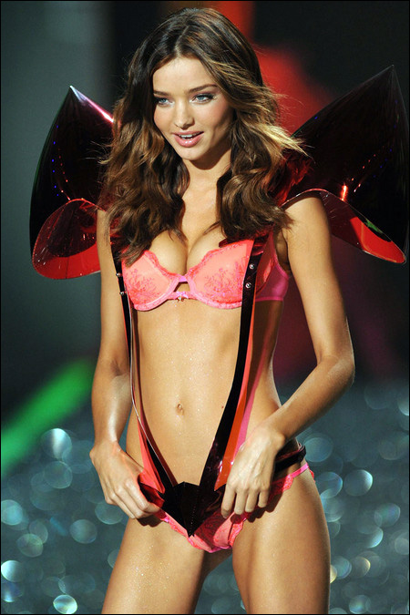 victoria secret fashion show 2009 Miranda Kerr photo