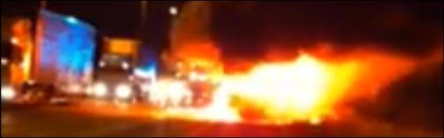 tour bus metal hammer live fear factory fire incendie video exclusive