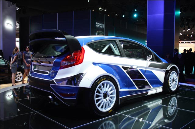 photo hd hq ford fiesta rs wrc 2011 salon mondial auto paris 2010