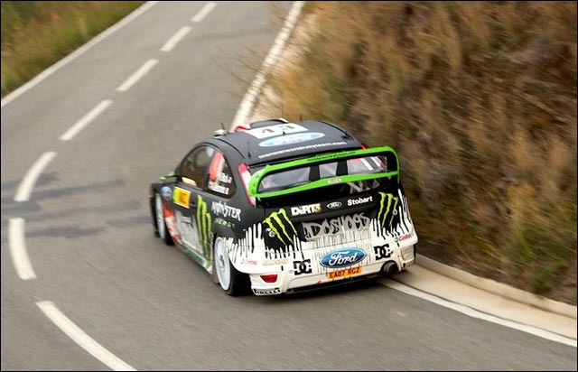 photo hd ken block wrc rallye espagne 2010 ford focus