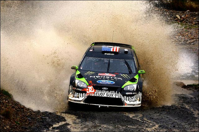 Ken Block WRC 2010 Ford Focus RS WRC photo officiel