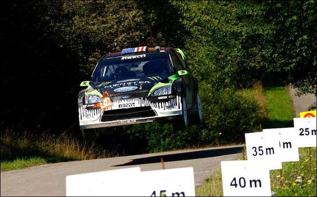 photo sexy Ken Block hd rallye WRC Ford Focus RS WRC