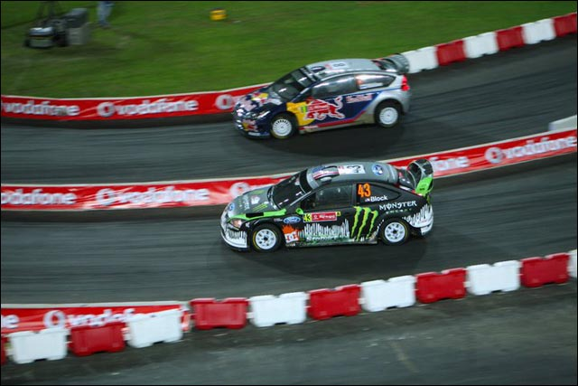 Ken Block nu photo hd rallye WRC Ford Focus RS WRC pilote americain