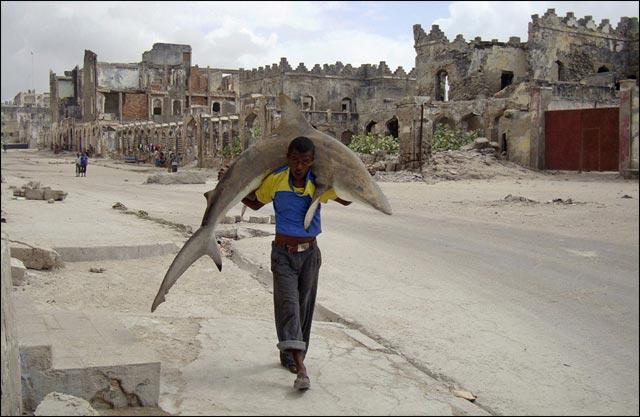 best of photos 2010 Reuters actualite Somalie pecheur pirate