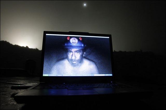 best of photos 2010 Reuters mineurs chiliens sauvetage mine