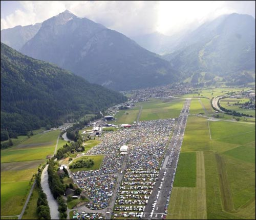 photo video hd Greenfield festival Suisse entre montagne lac nature