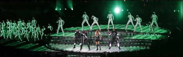 Superbowl Black Eyed Peas concert halftime mi-temps Christina Aguilera