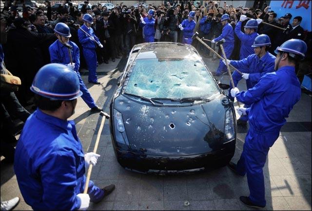 photo Lamborghini Gallardo L140 exotic cars detruite Chine casse