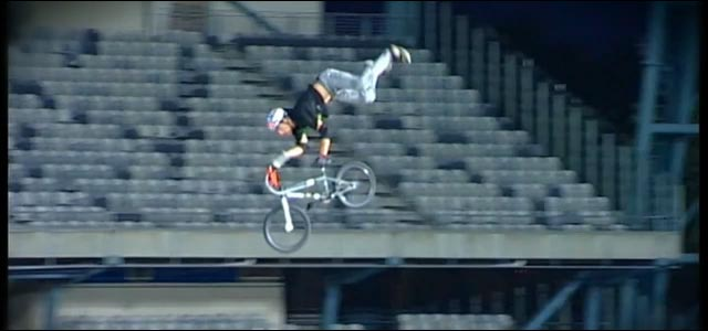 crash trick gamelle bmx backflip Special Flip Greg Powell video photo
