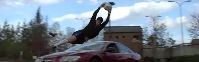 gardien but foot saut Lassi Hurskainen Goalkeeper football video hd
