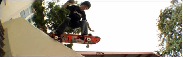 sk8 jumeaux Pierce et Chris Brunner skate my god rides the skateboard
