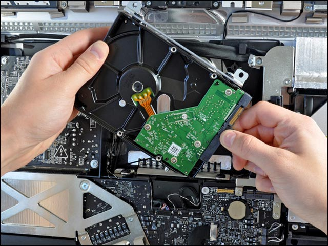 photo demontage reparer Apple iMac neuf tomber du camion pas cher