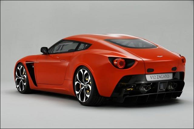 Aston Martin V12 Zagato Milano carrossier Italie Milan concurrent Pininfarina