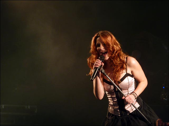 video hd Delain concert live Strasbourg Laiterie photo hq Charlotte Wessels
