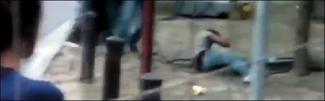 video amateur la fouine tabasse spectateur concert jet bouteille innocent