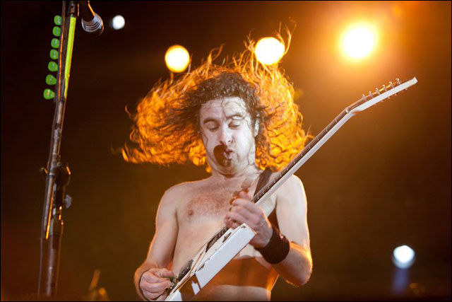 photo hd live Airbourne concert Sonisphere Festival 2011 video