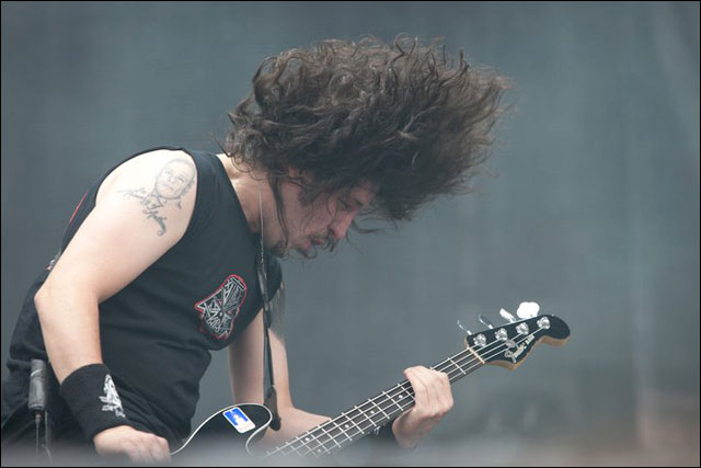 photo hd Frank Bello chanteur Anthrax concert live Sonisphere Festival 2011 France