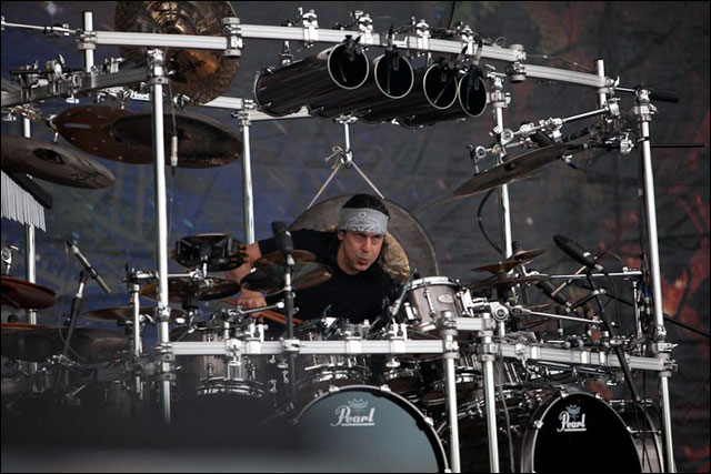 Dream Theatre Mike Mangini photo concert Sonisphere Festival 2011 France live