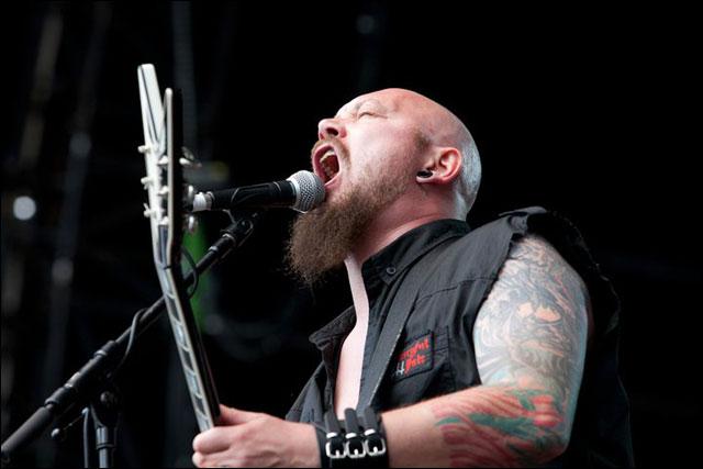 Stephane Buriez chanteur Loudblast concert Sonisphere Festival 2011 photo live