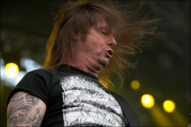 photo hd Slayer Gary Holt guitariste Exodus concert Sonisphere Festival 2011