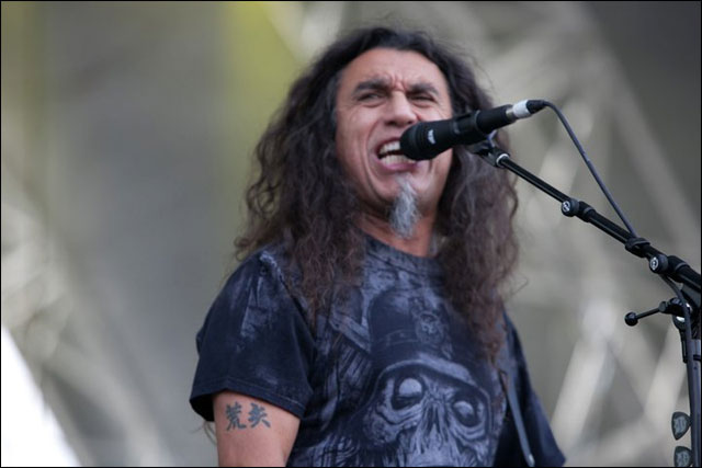 photo live Slayer Tom Araya chanteur concert Sonisphere Festival 2011 France