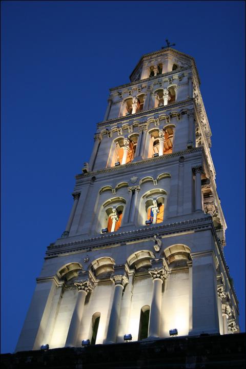 photo cathedrale Saint-Domnius Split cote adriatique Croatie centre clocher eglise