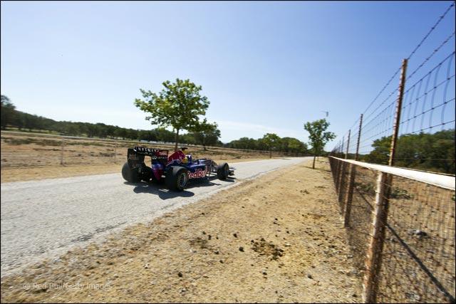 video hd Formule 1 drift Red Bull David Coulthard Circuit des Ameriques US GP 2012