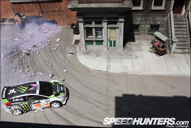 video HD Gymkhana4 Ken Block Ford Fiesta RS drift GYM4 Hollywood Megamercial