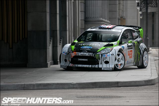 video HD Gymkhana4 Ken Block Ford Fiesta RS drift GYM4 Hollywood Megamercial