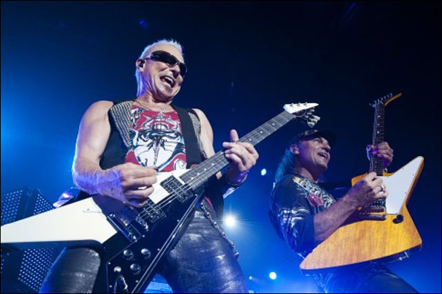 photos hd concert The Scorpions live Foire aux Vins Colmar 2011 FAV Alsace France