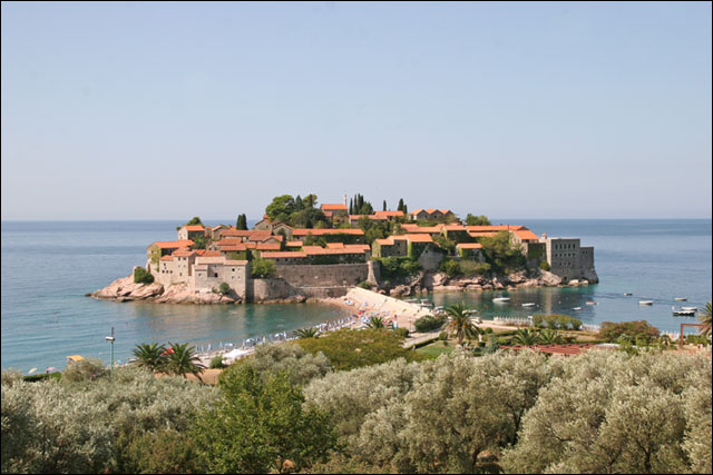 photo hd village Sveti Stefan Montenegro visiter pas cher baie de kotor budva