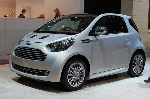 photo Aston Martin Cygnet salon auto citadine concurrente Toyota IQ