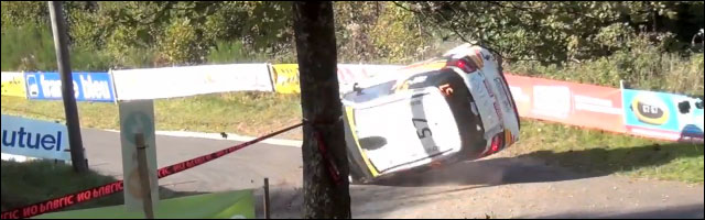 video hd crash Burri WRC Citroen DS3 R3 tonneau virage mais repart