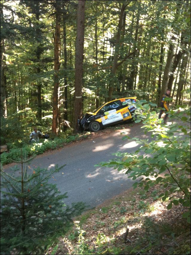 photo crash Andrea Crugnola Ferrara Michele Ford Fiesta R2 Rallye de France 2011 WRC