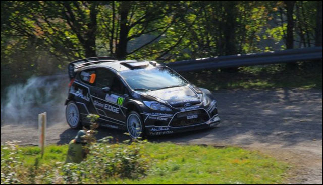 photo Rallye de France 2011 WRC route montagne Alsace Ford Fiesta Abu Dabi
