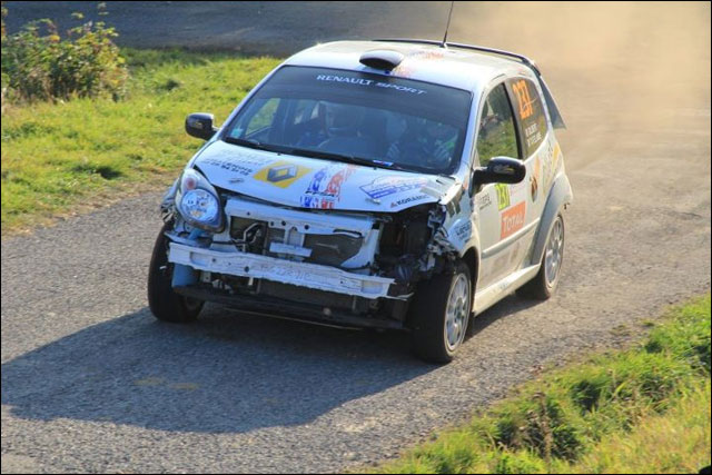 photo Rallye de France 2011 WRC route montagne Alsace crash Renault Twingo RS WRC