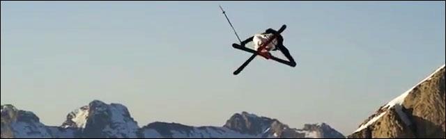 Quiksilver résume l'hiver du skieur Candide Thovex