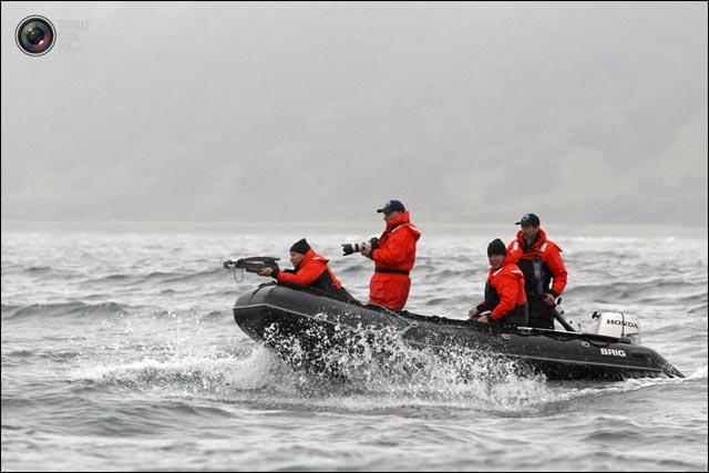 photo hd Vladmir Puntin Poutine chasseur de baleine mer du nord harpon bateau