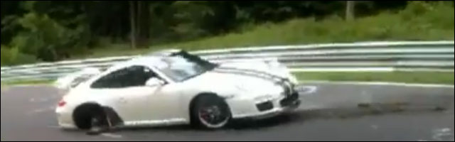 video crash Porsche 911 GT3 RS circuit Nurburgring Nordschleife Allemagne