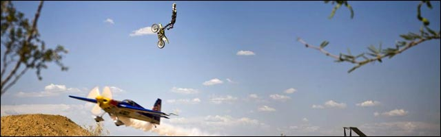 Travis Pastrana photo video hd exploit sport extreme backflip motocross FMX