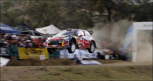 Sebastien Loeb jolie photo Citroen DS3 WRC rallye 2012
