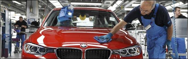 reportage video usine BMW assemblage serie 3 robot documentaire Munich