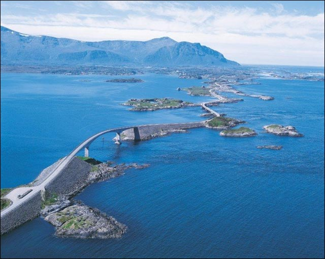 photo Route Atlantique le long Mer de Norvege