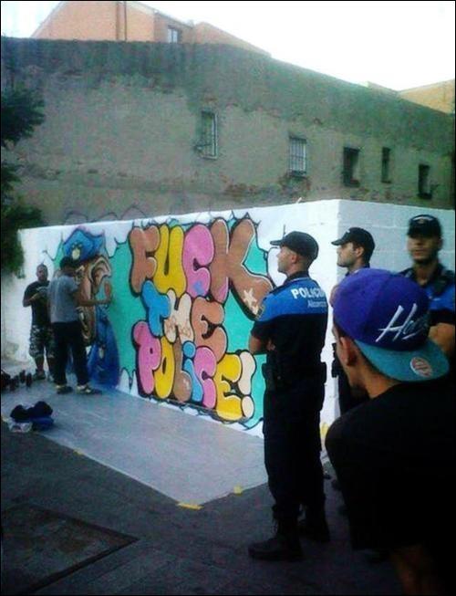 flagrant delit graffiti police tag flag