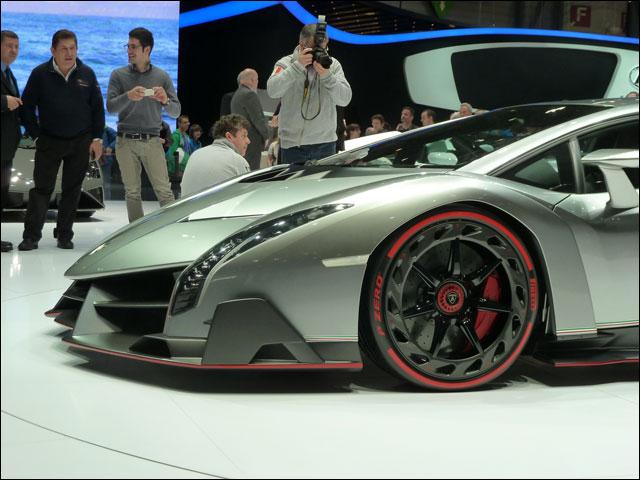 Lamborghini Veneno Geneve 2013 (3)