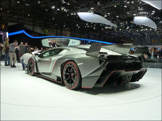 Lamborghini Veneno Geneve 2013 (5)