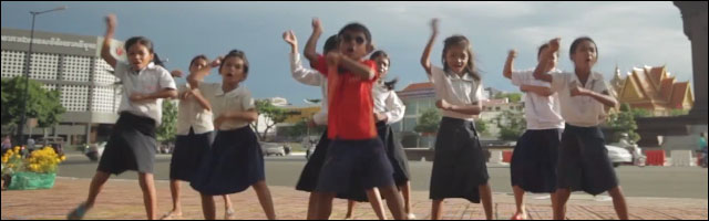 video hd parodie Gangnam Style enfants Cambodge