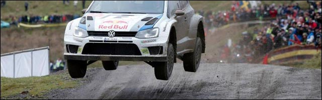 photo VW Polo jump rallye WRC