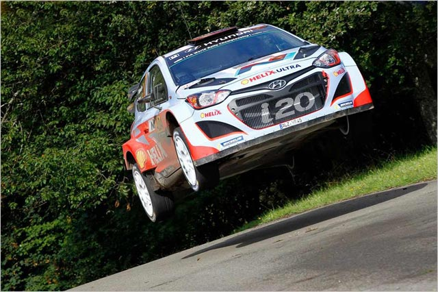 photo WRC Rallye Allemagne 2014 Thierry Neuville