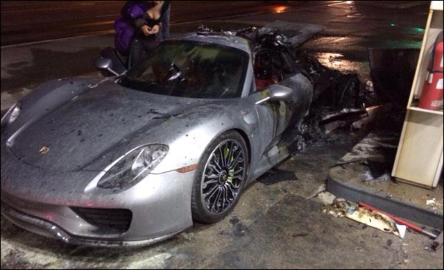 photo video incendie Porsche 918 Spyder hybride